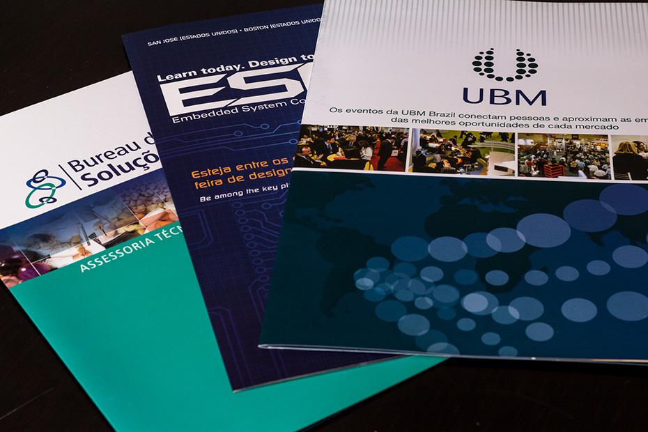 Folders institucionais